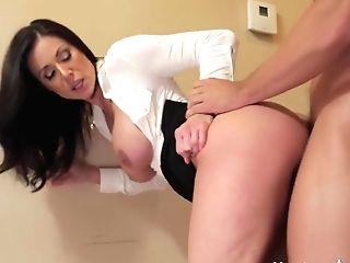Kendra Zeal & Johnny Castle In My Friends Hot Mom