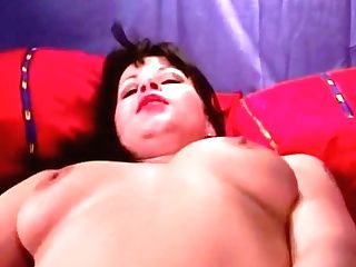Horny Chick Mastrubate With A Black Fake Penis