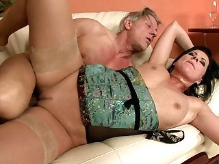 Buxom Brown-haired In Nylons Gets Jizz In Mouth After Taking...