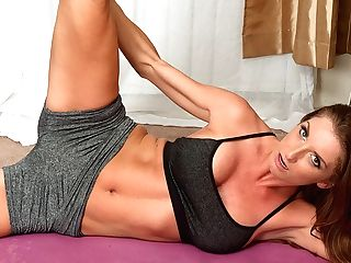 Silvia Saige In Yoga Bod - Anilos
