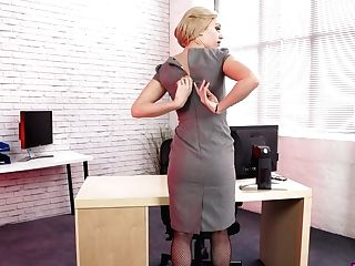 Lewd Assistant In Assets Fishnets Jasmine Lau Gets Naked In The Office