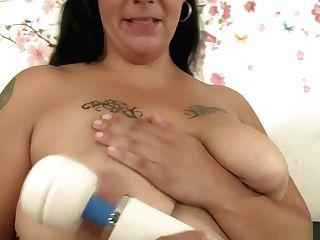 Chunky Dark Haired Mummy Savvanah Uses Romp Playthings To Find...